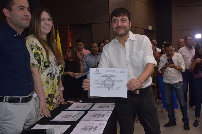 Quiero ilusionarlos, con una Barranquilla imparable: Jaime Pumarejo al recibir su credencial como Alcalde electo